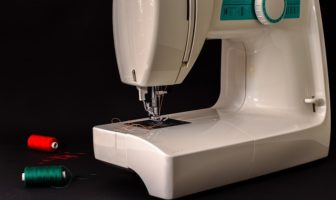 how to clean a brother sewing machine