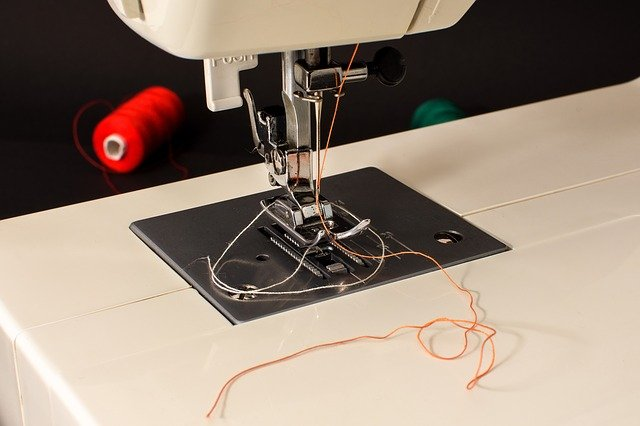 How To Thread A Sewing Machine In 40 Steps Sewing From Home Custom How To Thread A Needle On A Sewing Machine