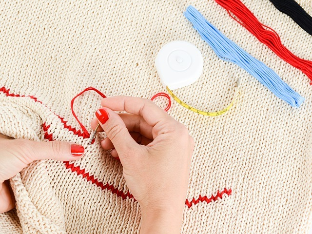 how to hand embroider