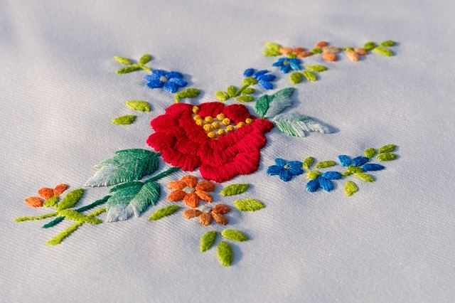 3 easy steps for embroidered flowers sewing from home