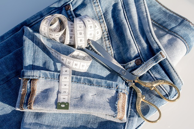 40 Ways To Hem Jeans Sewing From Home Simple Hemming Jeans Sewing Machine