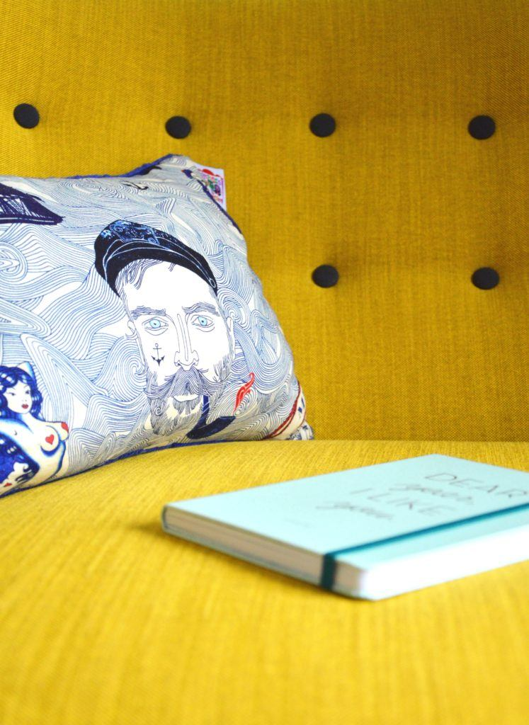how to make a cushion cover without a zip